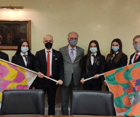 Grazie al Gruppo Sbandieratori Sansepolcro teniamo alta la nostra bandiera nel mondo!